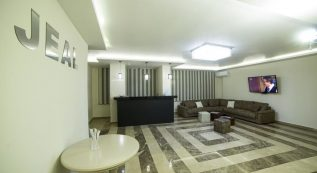 Jeal Hotel